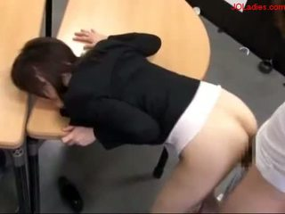 Office Lady Getting Her Pussy Fucked Whil .