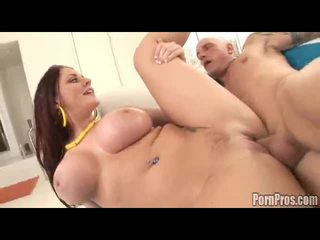 Sophie dee receives giant facial cumsprut