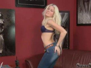 Sylvia saint lassen ein blond honig nehmen ab sie raiment