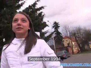 Publicagent 18 yıl eski silikon göğüsler cutie olduğunu becerdin içinde onu kız oğlanı sikiyor oda