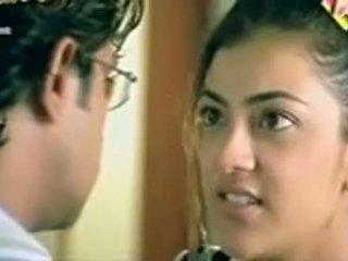 Telugu igralka kajol agarwal prikazuje joški
