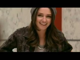 Addison timlin shows her hot rumaja susu and bokong in