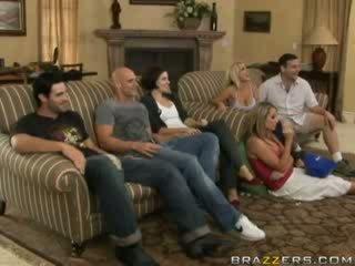 Sexual actividad entre familia members