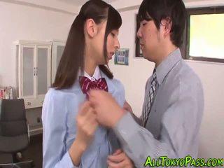 Uniforma asiatic adolescenta inpulit