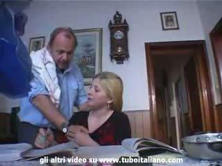 Olasz incest szőke tini szar által apu