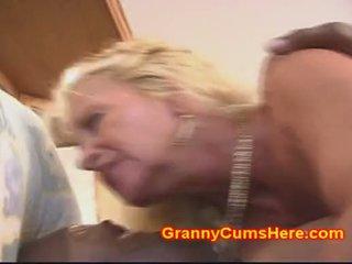 Gjysh gets bythë fucked si një lavire