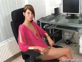 Amatööri alkaen denmark masturboimassa