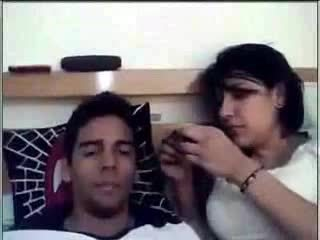 Super hot desi looking prawan enjoying with her boy friend