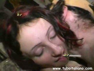 Italiaans exhibitionist meisje bips