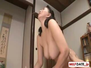 japansk, stora bröst, särskilt allvarliga