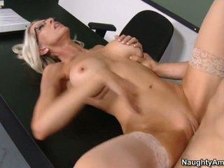 hardcore sex, porno žvaigždė, biuro seksas
