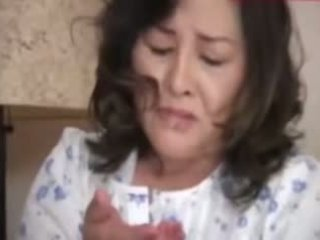 Japanesebbw äldre mor och inte henne son