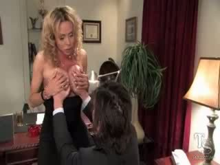 Gia darling bend him over