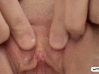 squirting, একাকী, স্বর্ণকেশী
