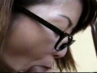 Japonesa professora a foder estudante
