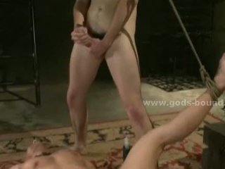Temple no gejs verdzība sado maso sekss