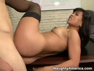 Slut Gets Her Face Covered With Cum