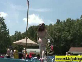 공공의 옥외 exposition buxom 몸 sandy 비디오