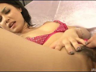 Sesso con asiatico pelosa gal