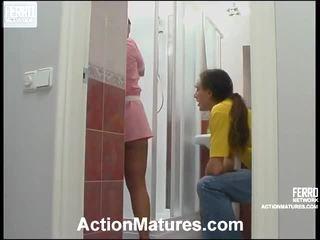 色情女孩和男人在床上, porn in and out action, 成熟的色情