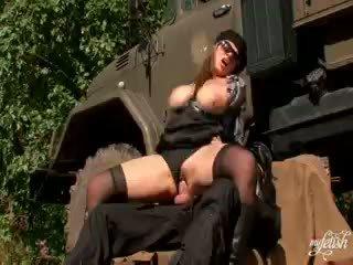 Jāšanās the armija guy