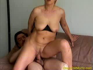 Gal gammel mamma gets knullet hardt