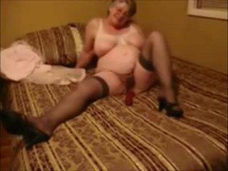 Krūtainas vecmāte masturbācija