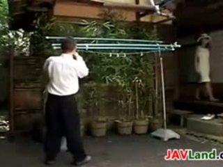 Japán bevállalós anyuka szopás neki neighbors fasz