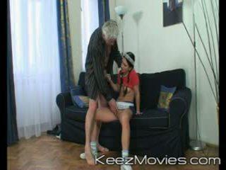 Kirli old man seduces his gyz