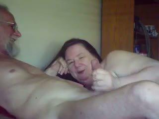 Eski gal sucks & plays ile eski guy, ücretsiz porn 5b