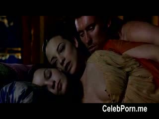 Leonor watling shows pryč ji tempting tělo