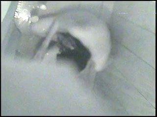 Mi hermana de 21 en la ducha