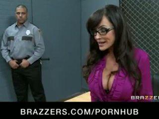 बड़ा चूची मिल्फ lisa ann होती हे double-penetrated में हार्डकोर gang-bang