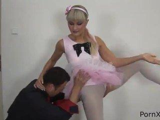 Freaky ballet dancer anita has עשוי אהבה wazoo במהלך the rehearsal