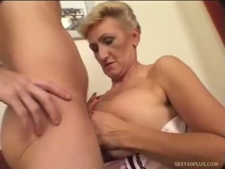Experta puta creamed en su coño