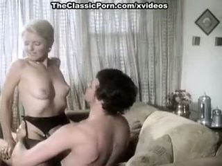 Juliet anderson, ron hudd în fierbinte 80's porno video cu double penetration