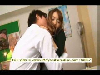 Mihiro de la idol69 asiatic adolescenta bruneta gets licked