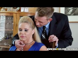 Brazzers - two guys और two milfs