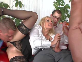 مجموعة الجنس, ميلف, الوجه