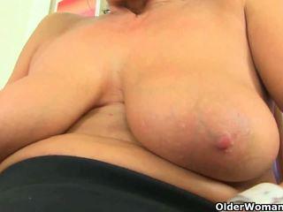 Uk MILF Eva Jayne Loves Dildoing Her Hungry Pussy: Porn fb