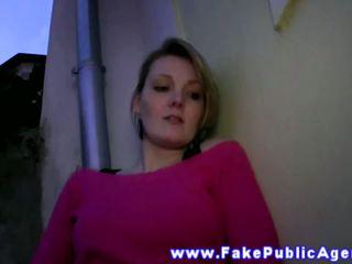 Pulled smēķētāji euro palaistuve rubs viņai vāvere līdz entice dude