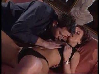 Italian Classic: Free Hardcore Porn Video 2e