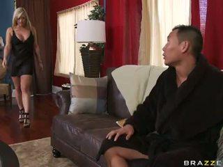 승마 본부, 좋은 아가씨, 모든 도기 스타일 당신