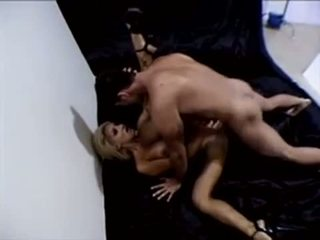 Jill Kelly moves her great body well