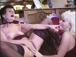 brunetă, lesbiene, bunicuță
