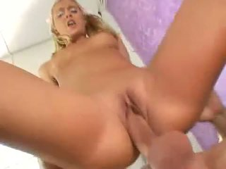 Sexy pirang nympo bianca pureheart slammed with thick jago jero in pink pit