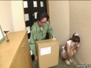 Lief japans tiener gedwongen in pijpen