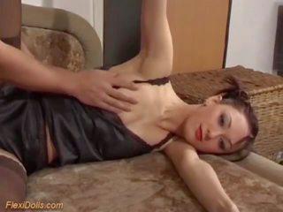 Trakas sekss ar a reāls flexi pusaudze lelle, porno d2