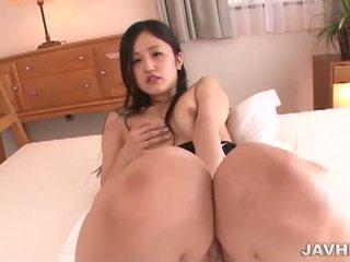 Jav HD: Japanese girl gets off with an egg vibrator