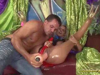 Rondborstig geolied milf extreem fisted, gratis hd porno f3